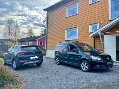 Skifte til vinterdekk på Fjellhamar
